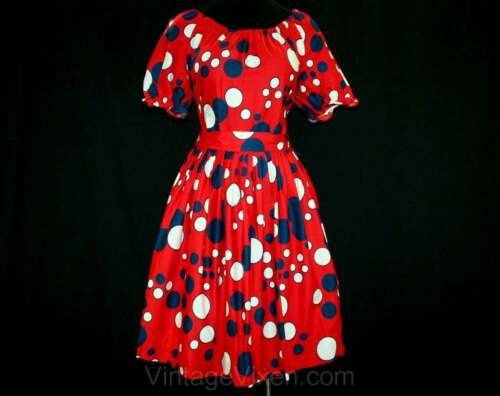 Size 6 Red Bubbles Peasant Dress - 1950s 1960s Dot