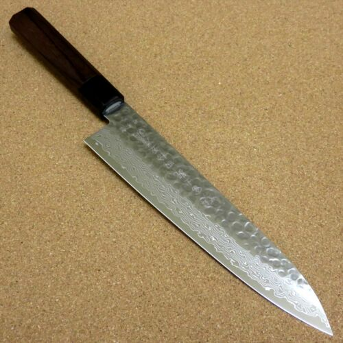 Damascus Kitchen Knives With Many Layers Of Steel