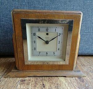 Antique 1930's/1940's Oak Cased Mark V Temco Electric Mantel Clock (Time Plug)