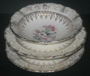 2-fruit-dessert-bowls-amp-2-bread-plates-Washington-Colonial-Vogue-22k-gold-lot