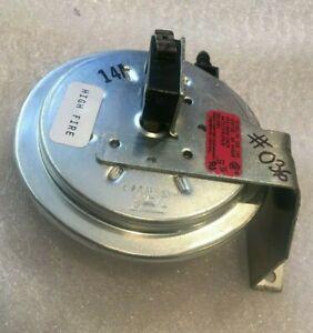 Tridelta Pressure Switch HQ1004697TR Used