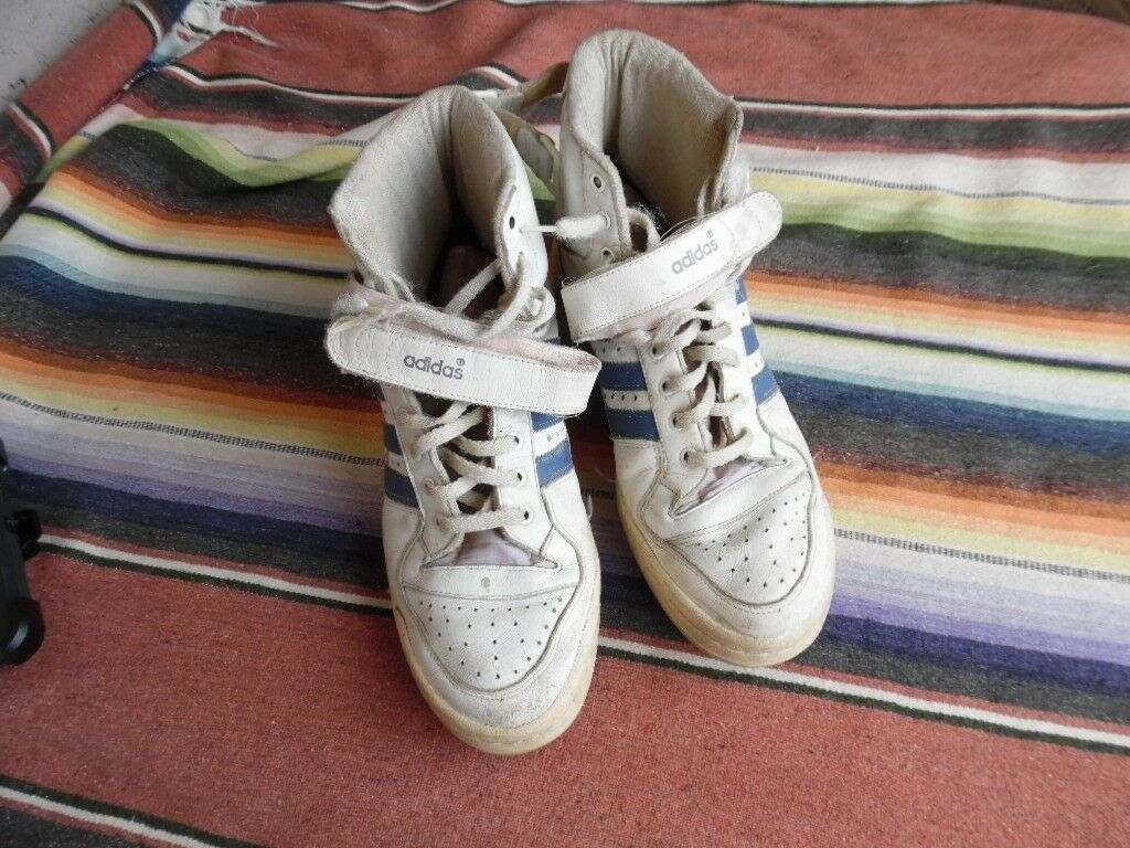 Men's Vintage Distressed Adidas Forum Basketball Shoe France 44 2/3 GB 10 (g441)