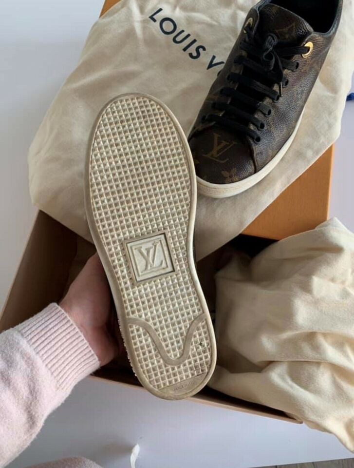 Sneakers, str. 36, Louis Vuitton