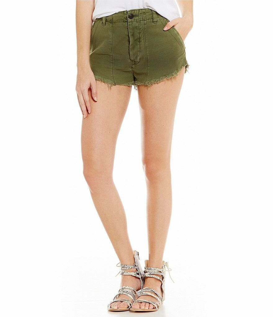 Free People Raw & Patched Standoff Short Size 6 New MSRP   78 Sz 8