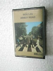 THE-BEATLES-ABBEY-ROAD-RARE-CASSETTE-TAPE