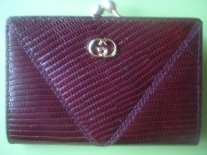 Image is loading AUTHENTIC-VINTAGE-GUCCI-KISS-LOCK-CHANGE-PURSE-BURGUNDY- 18bef2ba22