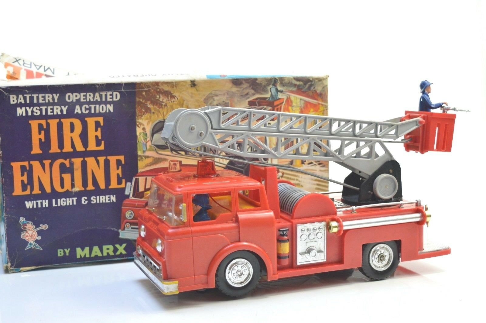 MARX BATTERY OPERATED MYSTERY ACTION FIRE ENGINE