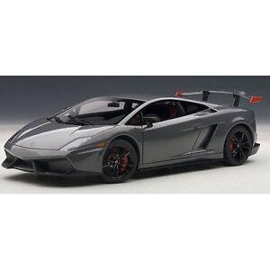 Accion-1-18-Autoart-Lamborghini-Gallardo-Lp570-Super-Trofeo-Stradale-Gris-2011