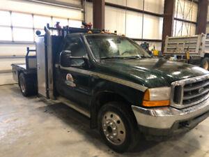 2001 ford 7.3 diesel f550 service truck