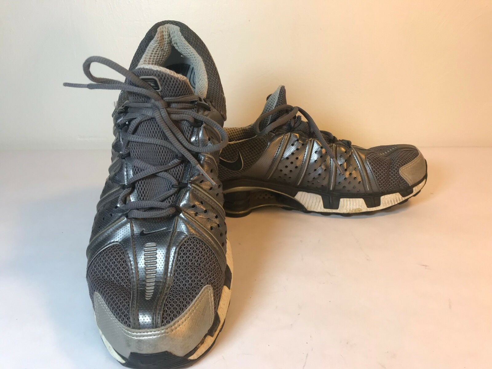 Nike Shox Mens Running shoes Size 11