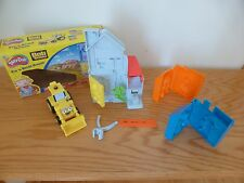 Play Doh Bob the Builder Fix 'n Build House plus Blue Bob and Orange Wendy House