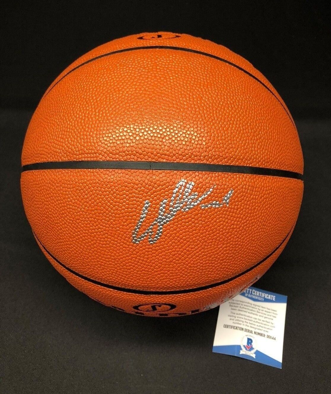 Laui Markkanen Signed Spalding Game Ball Series Basketball *Chicago Bulls BAS