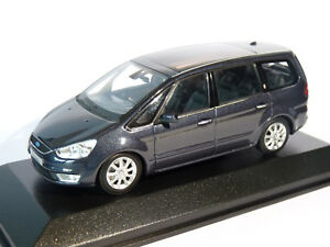 Ford-Galaxy-de-2006-au-1-43-de-Minichamps