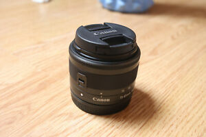 Canon-EF-M-15-45mm-F-3-5-6-3-STM-IS-Lens-Excellent-Condition-Wide-Angle