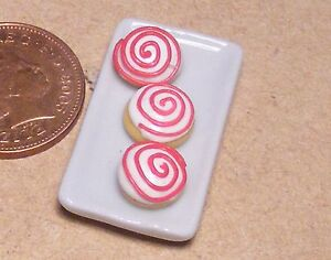 Doll HOUSE SCALE MINIATURE Service Plate Serving Bakery Baking Sheet 1:12
