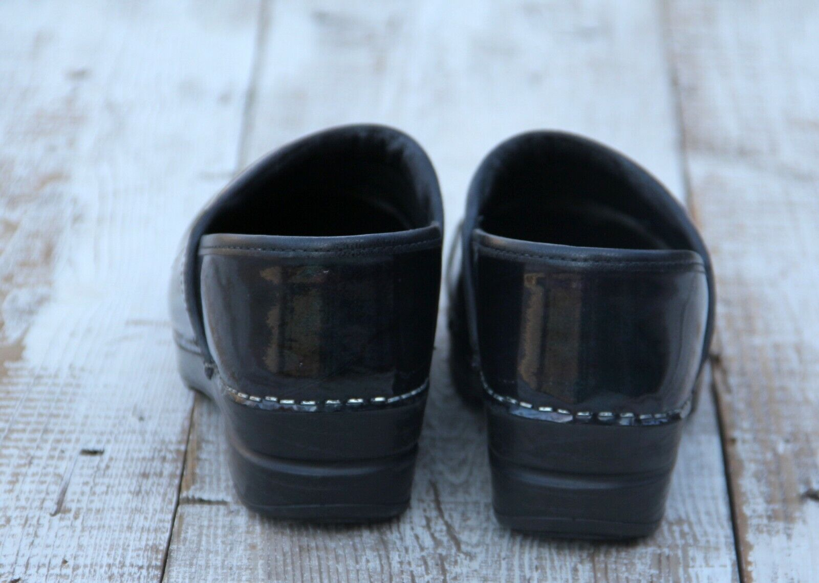 DANSKO SANITA Professional Stapled Nurse Clogs Shiny Green Black Black Black  39   8 EUC 134105