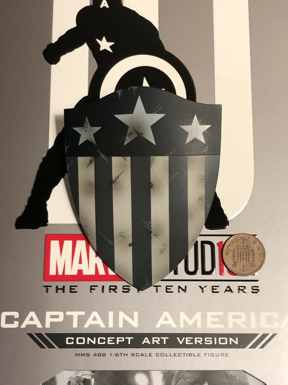 Hot Toys Captain America Concept Art MMS488 Old Shape Shield loose 1 6th scale