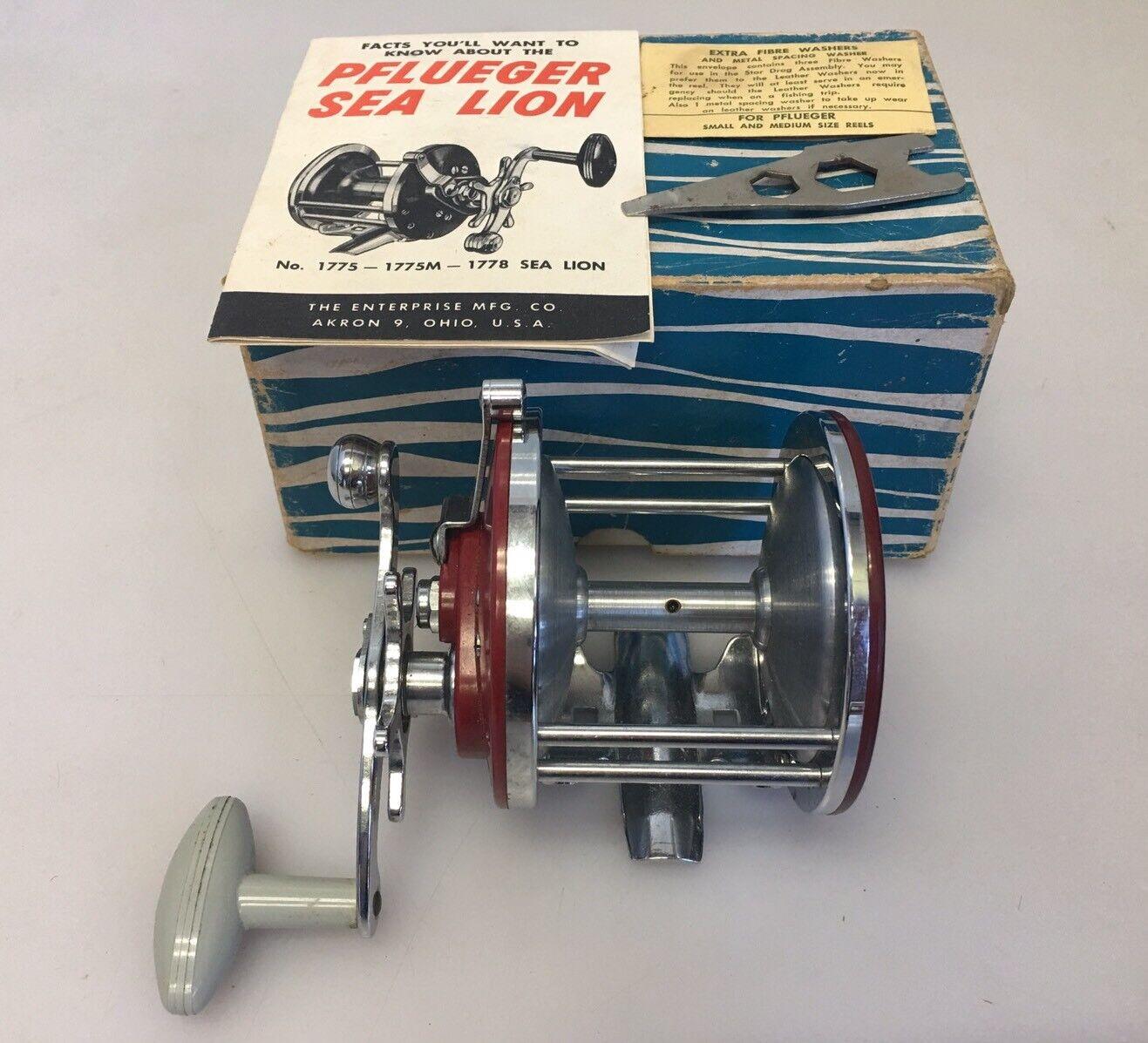 Vintage Pflueger Sea Lion 1778 Fishing Reel w  Original Box
