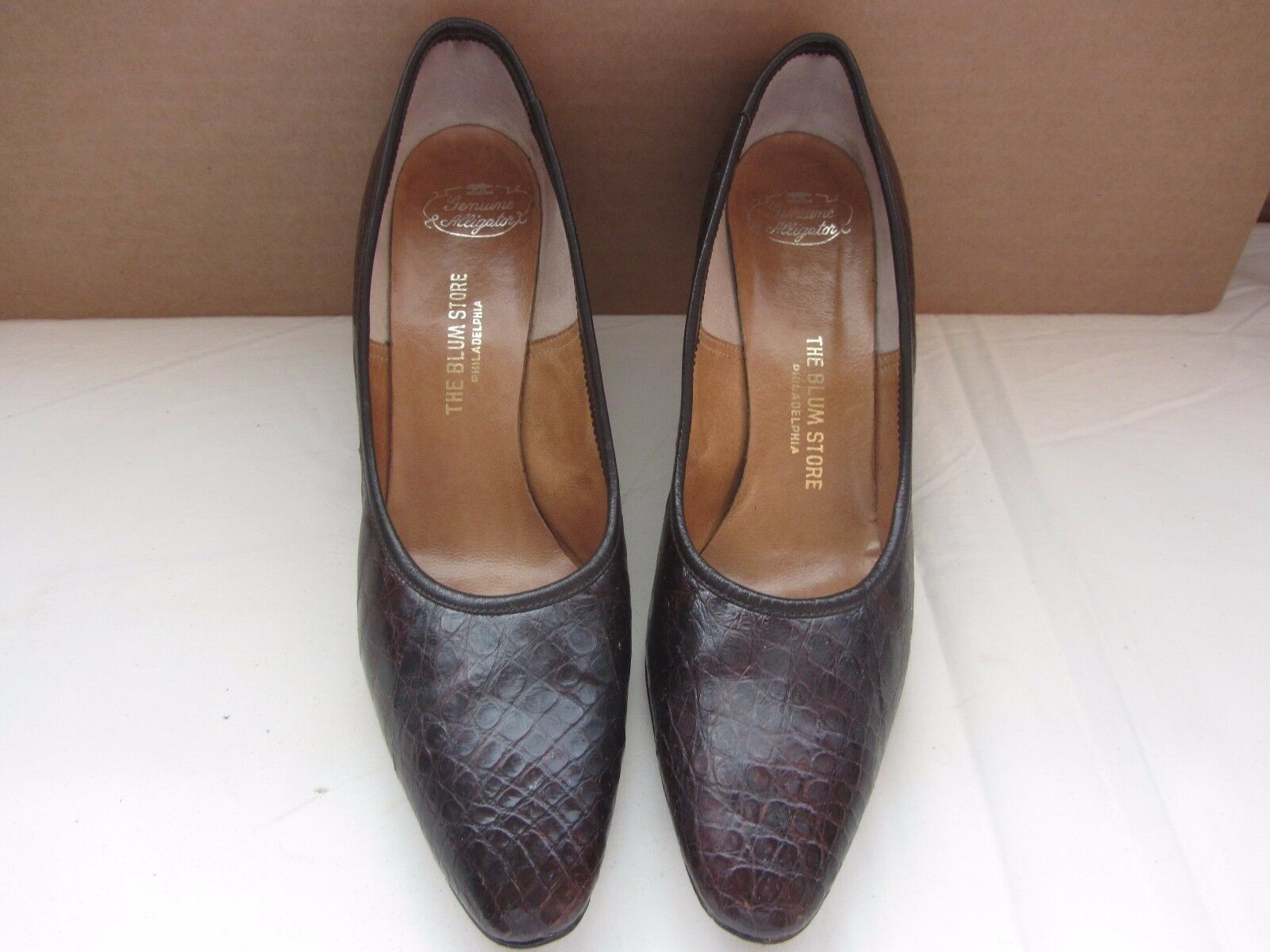 THE blueM STORE PHILADELPHIA genuine alligator womens shoes 8.5 AAAA