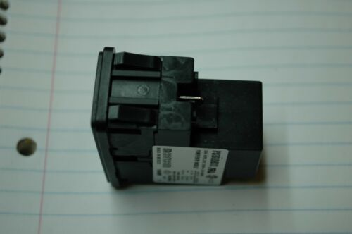 TE Connectivity Corcom PS0S0DBX0 Power Entry Module 10A Dual Fuse Snap In Mount