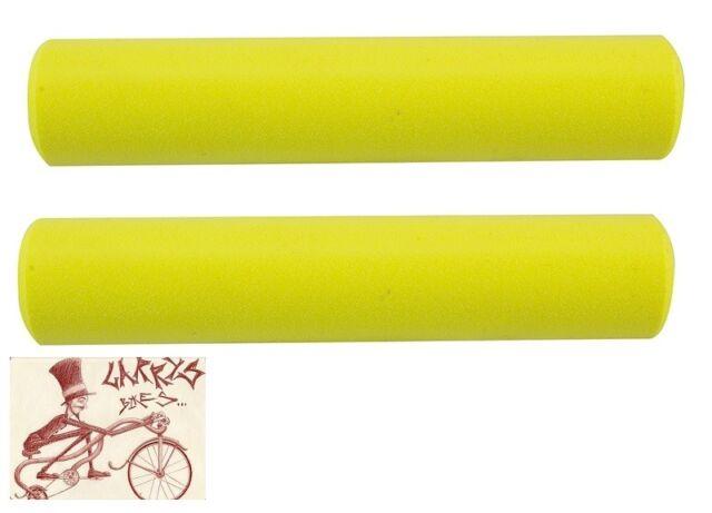 SUPACAZ SILICONEZ 130mm x 32mm NEON YELLOW  BICYCLE GRIPS