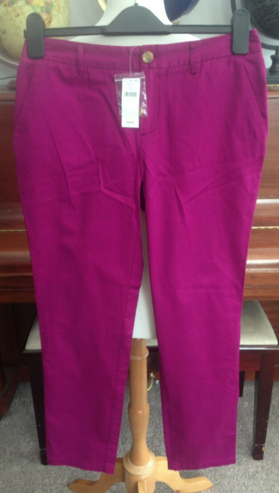 New With Tags - Gap Pink Trousers - US Size 0 ( )