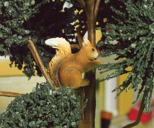 Escala 1//12 casa de muñecas Emporium nuttella La Ardilla Jardín Animal 5029