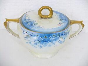 Hutschenreuther-Gelb-M-Vivien-Fine-Bone-China-Covered-Sugar-Bowl-Bavaria