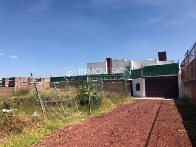 Terreno en venta en Santiago Momoxpan cerca de la Carcaña