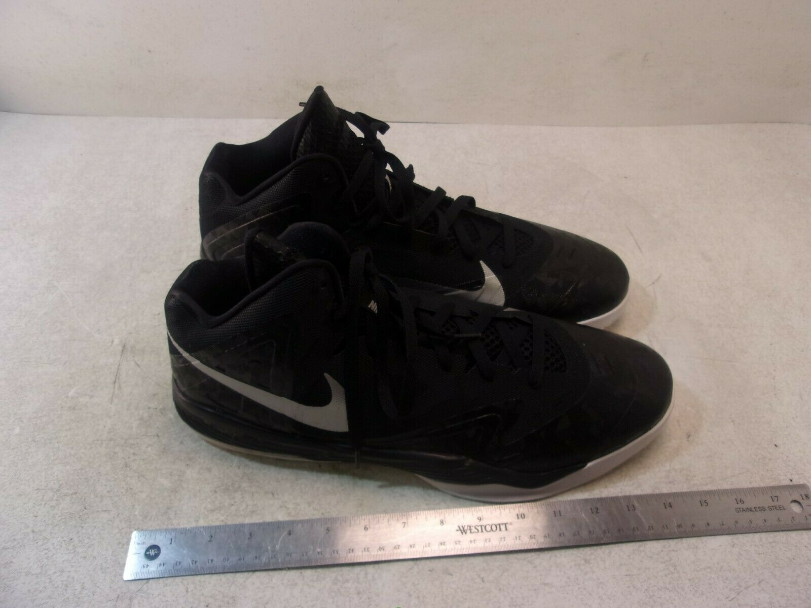 EXCELLENT NIKE AIR MAX PREMIERE BASKETBALL SHOES SIZE 17 689567-001