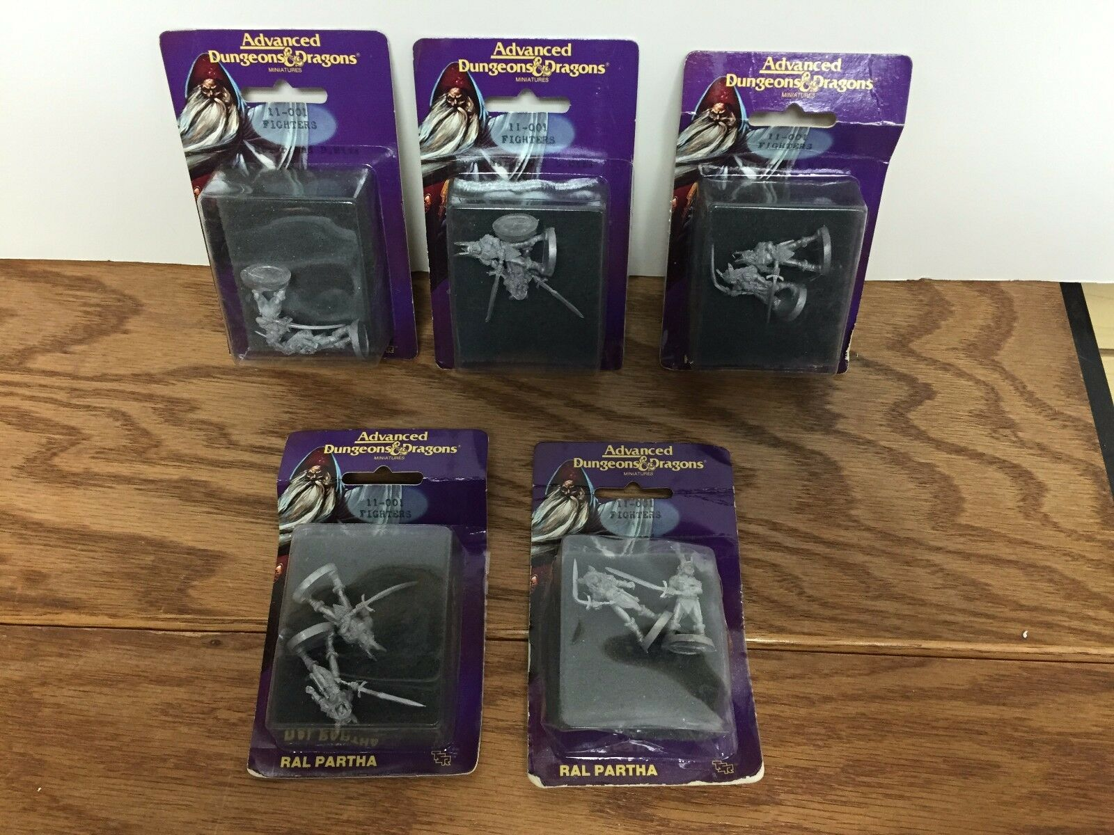 Lot of 5  VINTAGE 1988 Ral Partha Dungeons & Dragons FIGHTERS miniatures 11-001
