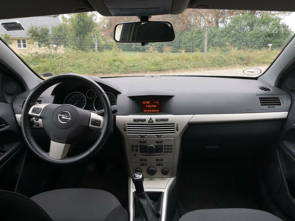 Opel Astra, 1,6 16V 115 Enjoy GTC, Benzin