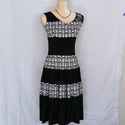 Save the Queen! geometric waisted dress sz M - image 1