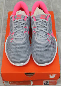 1ad6115db507b Image is loading NIKE-FLEX-TRAINER-7-shoes-for-women-Style-