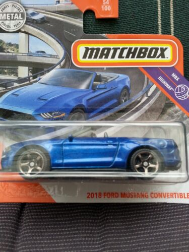 """Serie/""""MBX Highway/"""" Matchbox 2020-2018 Ford Mustang Convertible blau"""