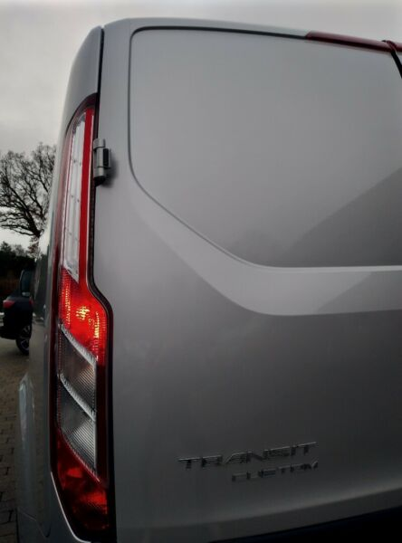 Ford Transit Custom 300L 2,0 TDCi 130 Trend - billede 4