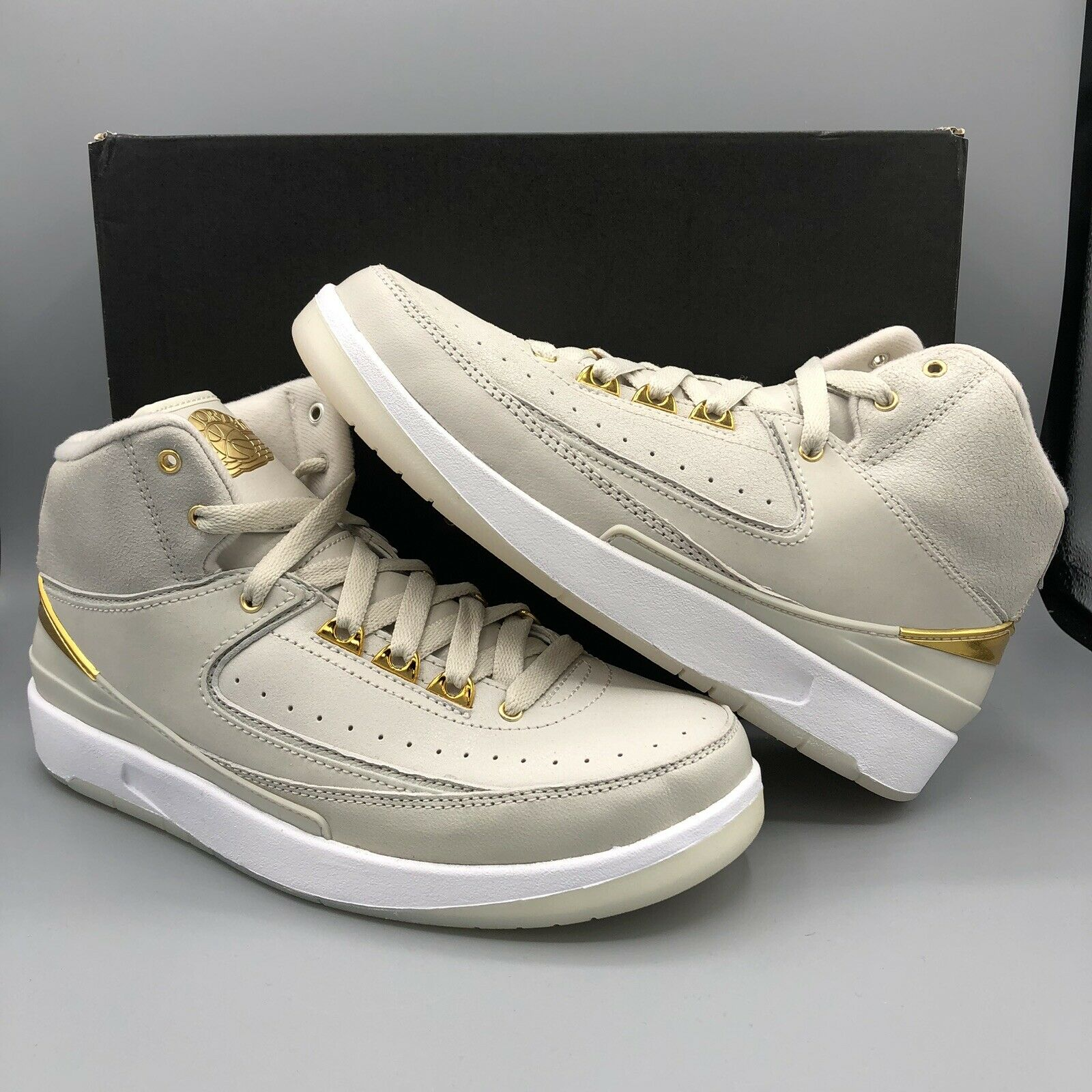 Nike Air Jordan Retro II BG Quai 54 Size 5y 866034 001 gold Off White DB III I V