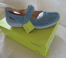 BNIB Hotter Quake dark aqua nubuck shoes size 6.5
