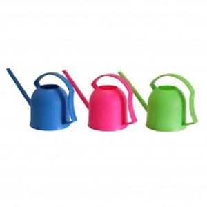 Giesskanne-in-3-Farben-900-ml