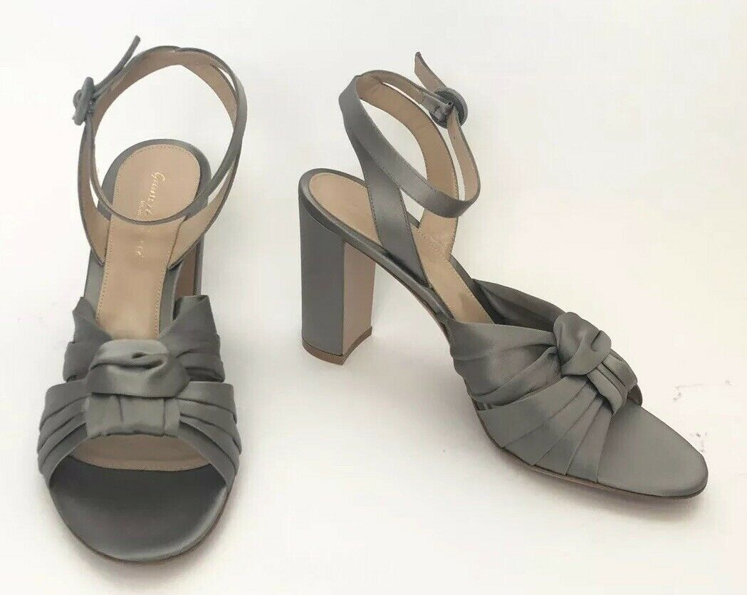 Gianvito Rossi Women shoes Size 40.5 NIB Grey Sandals Heels