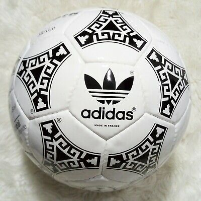 superficial pasado Rana  ADIDAS AZTECA SOCCER BALL | OFFICIAL MATCH SOCCER FIFA WORLD CUP MEXICO 1986  | eBay