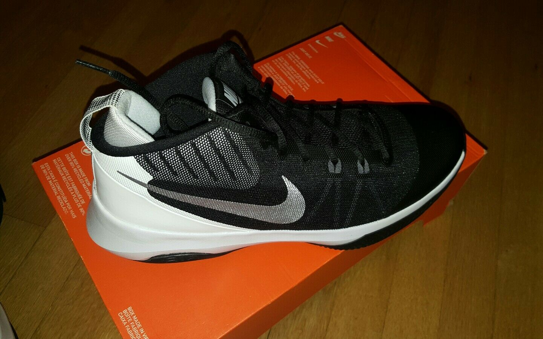 Nike air versitile numero 13 852431001