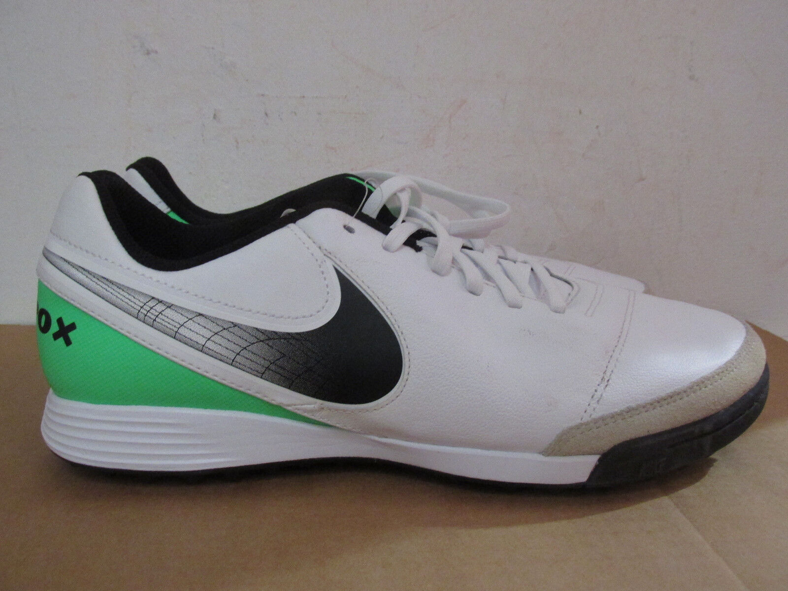 Nike TiempoX Genio II Leather TF Trainers 819216 103 football boots SAMPLE The latest discount shoes for men and women