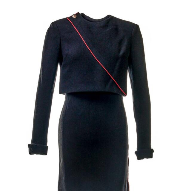 House of Cards Claire Underwood Robin Wright Screen Worn Suit Ep 604