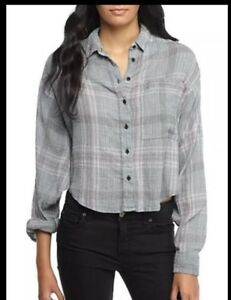fbe81d2c Free People NWT Cropped Cutie Plaid Button Down Shirt Top Blue ...