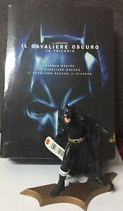 Il Cavaliere Oscuro Trilogia 3 DVD + Batman Figure Come Foto Nolan Bale N