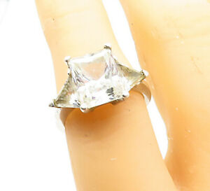 925-Sterling-Silver-Vintage-Cubic-Zirconia-Shiny-Cocktail-Ring-Sz-6-R13738