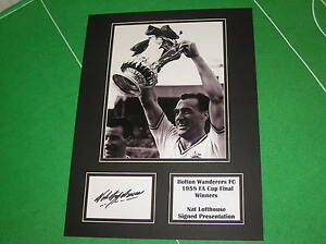 Nat-Lofthouse-Signed-Bolton-Wanderers-1958-FA-Cup-Final-Winners-Mount