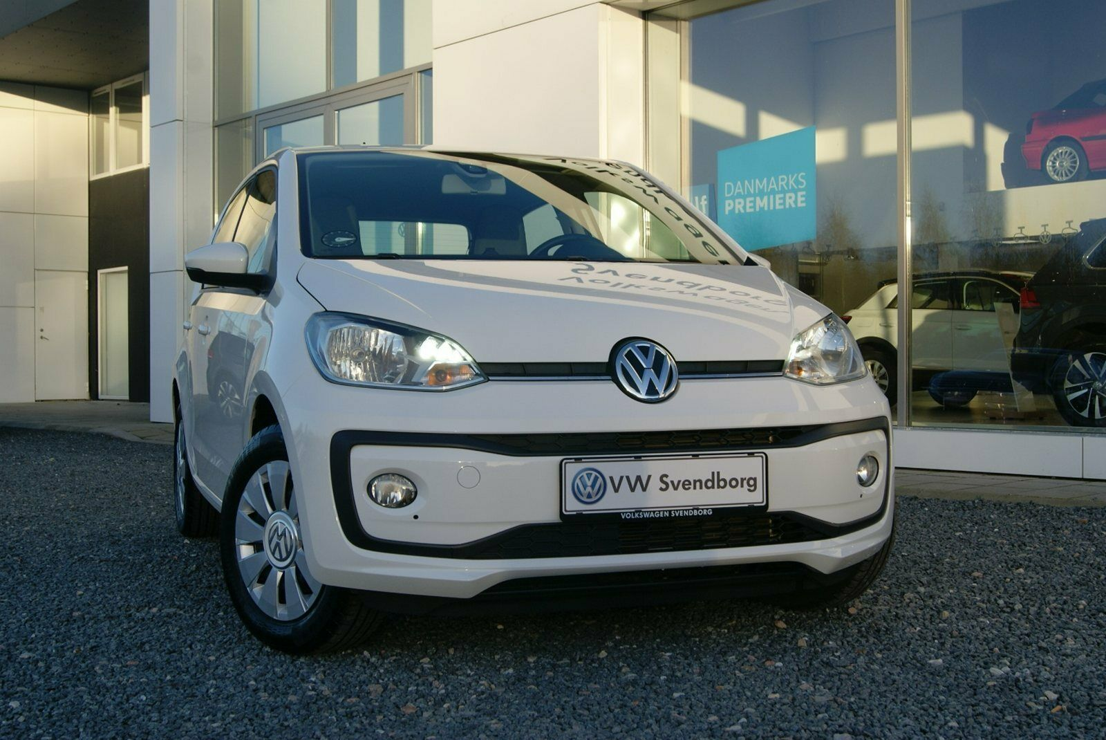 VW Up! 1,0 MPi 60 Move Up! BMT 5d - 109.800 kr.