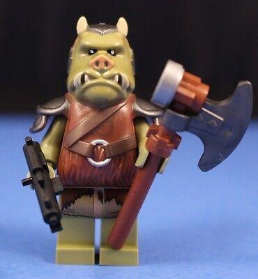 Axe /& E-11 Blaster! LEGO® STAR WARS™ 9516 GAMORREAN GUARD™ minifigure